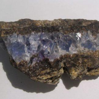 Fluorine bleue et violette, Giromagny, Territoire de Belfort.