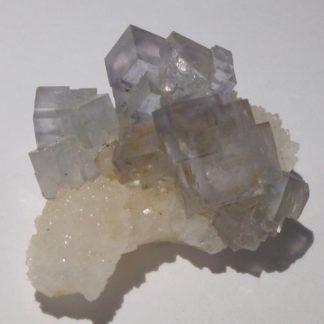 Fluorine bleutée et cristaux de Quartz, mine de L'Avellan, Var.