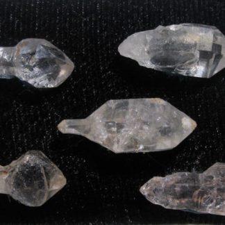 Lot de cinq quartz sceptres de septaria, Rémuzat, Drôme.