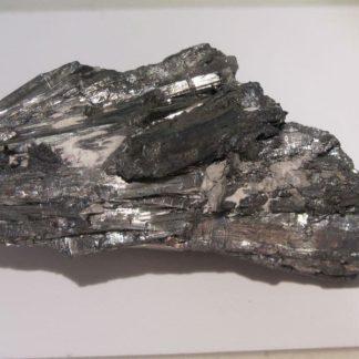 Minerai d'antimoine constitué de stibine de Vendée (Les Brouzils).
