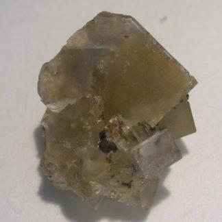 Fluorine jaune de la carrière du Rivet à Peyrebrune dans le Tarn.