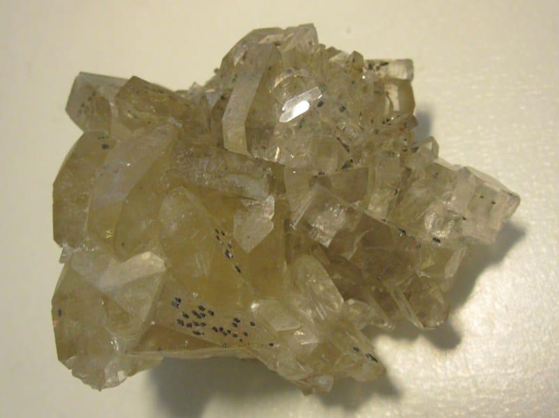 Baryte à inclusions de pyrite, Saint-Laurent-le-Minier, Gard.