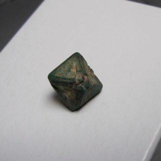 Cuprite pseudomorphosée en malachite, mine de Chessy, Rhône.
