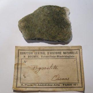 Byssolite (actinolite fibreuse), Oisans, un minéral d'Isère (Dauphiné).