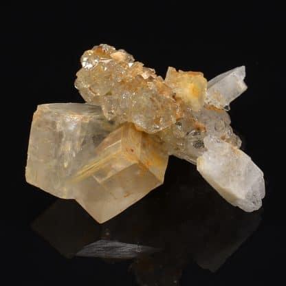 Albite, quartz et dolomite, Bramans, Savoie, France.