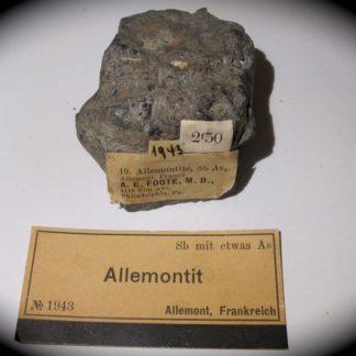 Allemontite, mine des Chalanches, Allemont, Oisans, Isère.