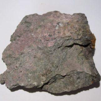 Érythrite, secteur des Cromots, mine d'argent des Chalanches, Allemont, Oisans.