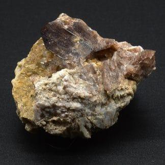 Axinite, La Léchère, Tarentaise, Savoie, France.