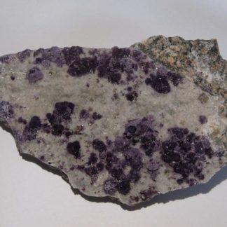 Fluorine violette de Buxières-les-Mines, Allier (Auvergne).