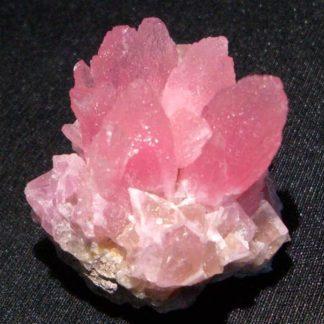 Cobalto calcite (cobaltocalcite), mine de Bou Azzer, Maroc.