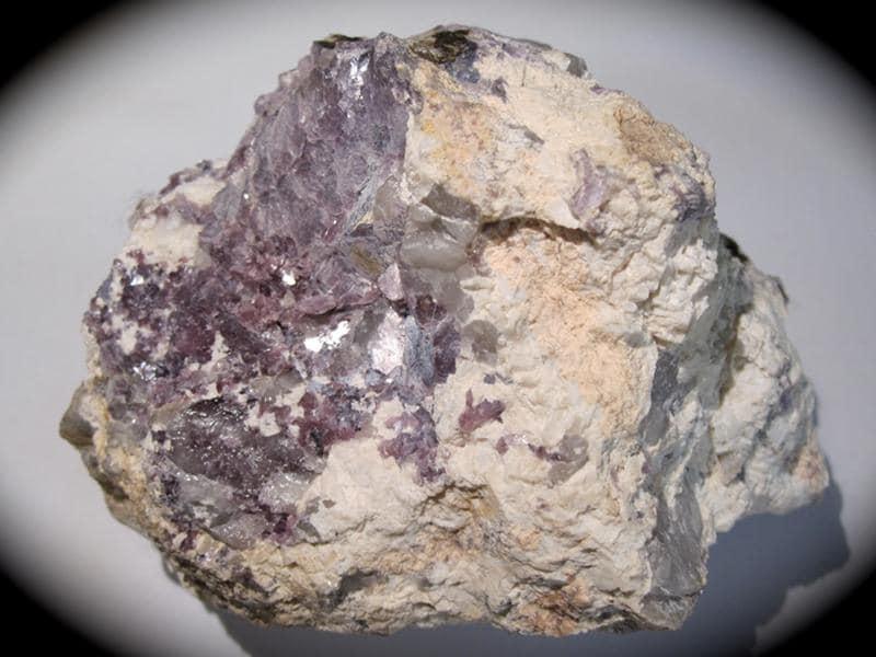 Lépidolite, Chèdeville, Haute Vienne, Limousin.
