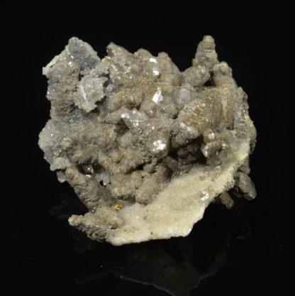Calcite sur quartz, Rocher du Boeuf, L'Argentolle, Saône-et-Loire.