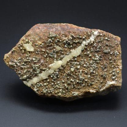 Calcite, sidérite et pyrite, Peyrebrune, Tarn, France.