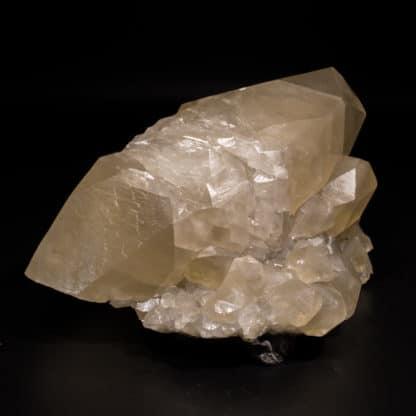 Calcite maclée, mine de Trèves, Gard.