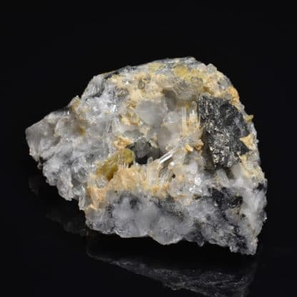 Cannizzarite, sidérite, tétraédrite, quartz La Mure, Isère, OisansCannizzarite, sidérite, tétraédrite, quartz La Mure, Isère, Oisans