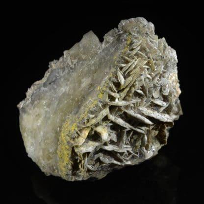 Fluorine, barytine, cérusite, galène, Chaillac, Indre.