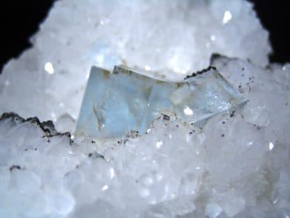 Fluorine et quartz de Montroc, Tarn.