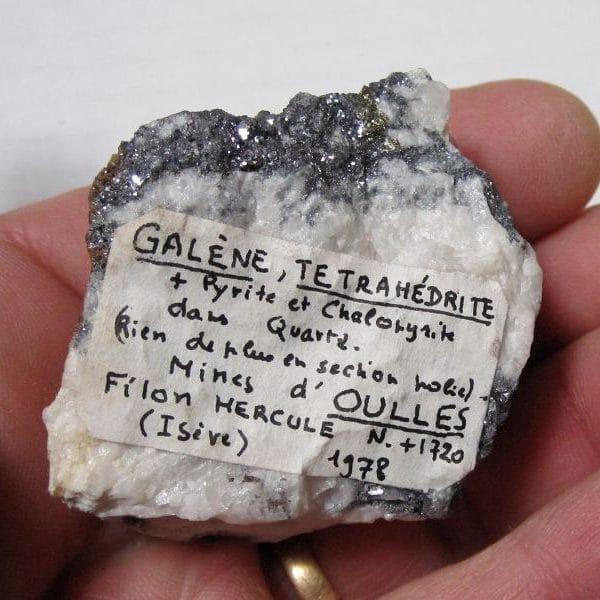 Galène, tétraédrite, pyrite et chalcopyrite, mine d'Oulles, Oisans, Isère.