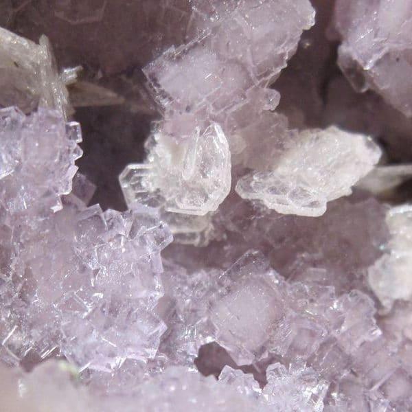 Fluorine violette et Barytine, mine de Fontsante, Var.
