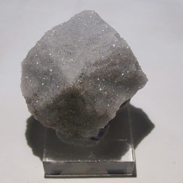 Cristal de fluorine avec quartz, Moustier-Ventadour, Corrèze.