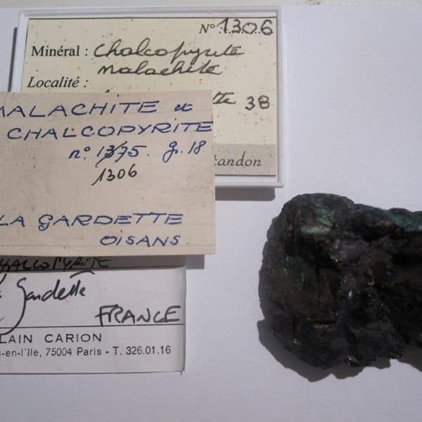 Chalcopyrite, mine à Giraud, La Gardette, Villard-Notre-Dame, Isère.