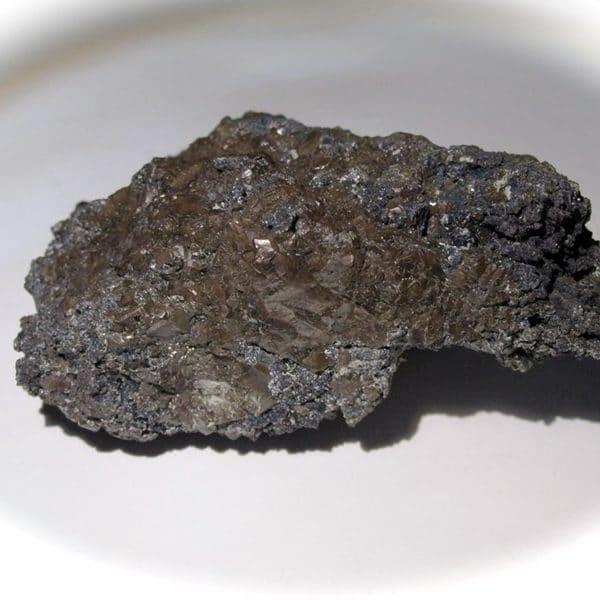 Bromargyrite sur covelline, district minier de Sierra Gorda, Chili.