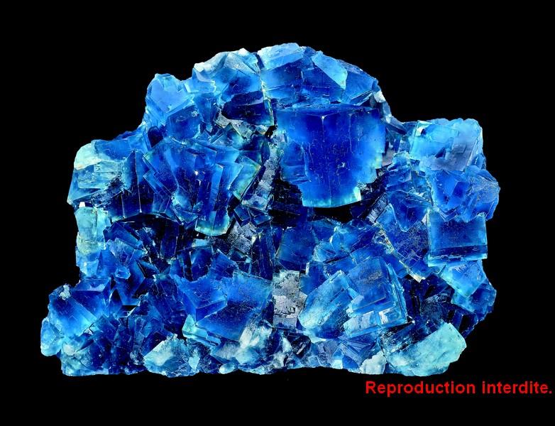Livre sur les minéraux : fluorine de Puy Saint Gulmier (Puy-de-Dôme).
