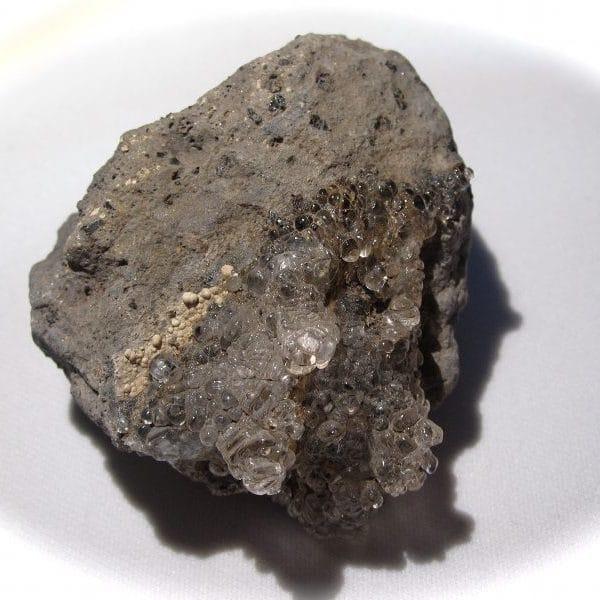 Hyalite, Valeč (Waltsch), Doupov (Duppau), Bohème, Tchèquie.