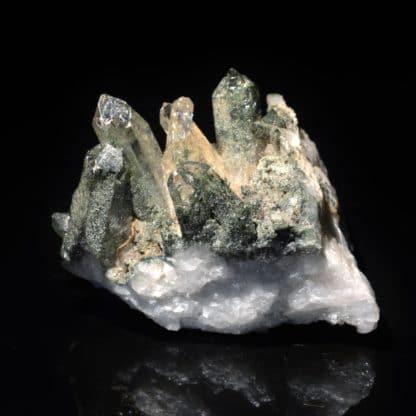Quartz à inclusions de chlorite, Les Deux Alpes, Oisans, Isère.