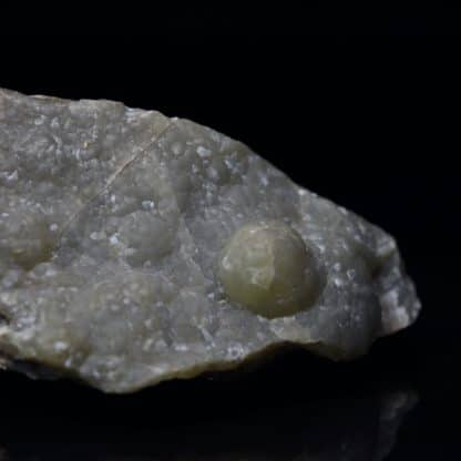 Smithsonite, Mas Lacombe, près de Saint-Laurent-le-Minier, Gard.