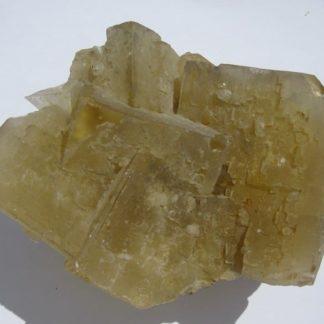Fluorine jaune, mine des Sausses, Chavaniac-Lafayette, Haute-Loire.
