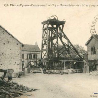 """Carte Postale Ancienne (CPA) : """"Vieux-Vy-sur-Couesnon, Ille-et-Vilaine, vue extérieure de la mine d'argent""""."""