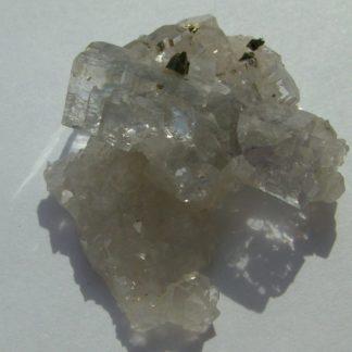 Fluorine légèrement violette sur quartz de Montroc ou Mont-Roc (Tarn).