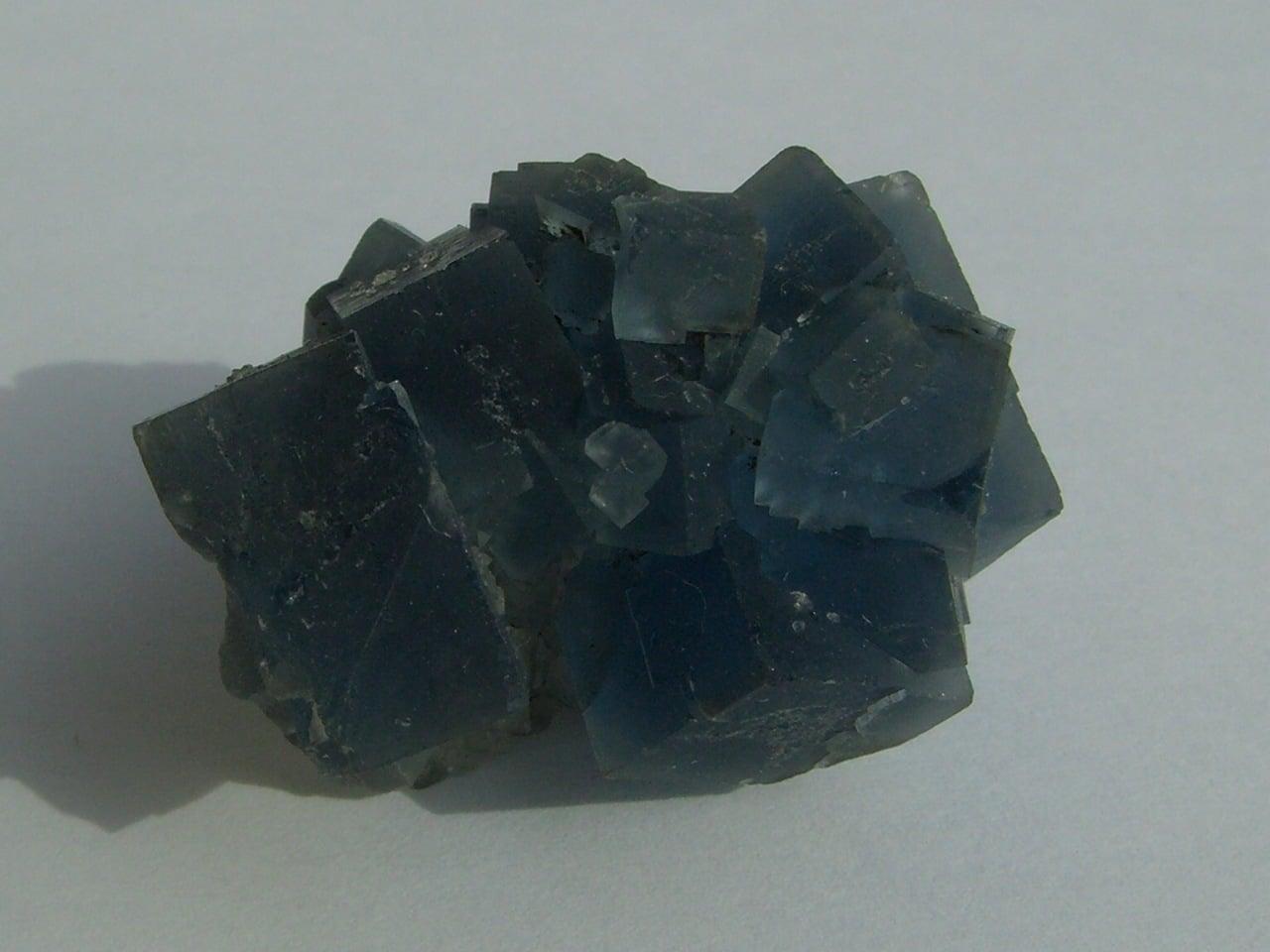 Fluorine bleue de la mine de Montroc (Mont-Roc) dans le Tarn.
