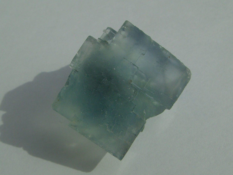Fluorite bleue de la mine de Montroc (Mont-Roc) dans le Tarn.