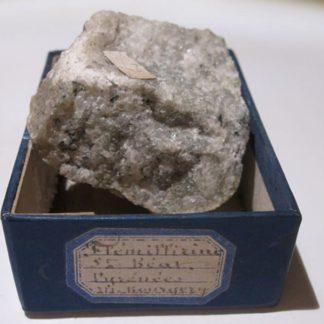 Flémillirine, roche ou minéral de Saint-Béat, Haute-Garonne.