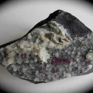 Fluorine violette et calcite, Col de Coupe, Hautes-Pyrénées.