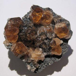 Grenat (Hessonite), Asbestos, Québec, Canada.