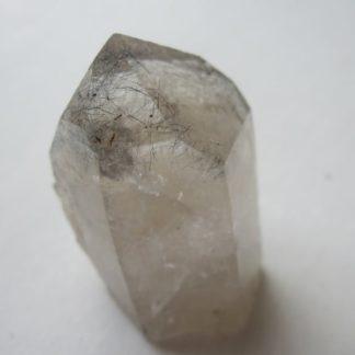 Meneghinite dans quartz, Entre Deux Roches, La Lauzière, Savoie.