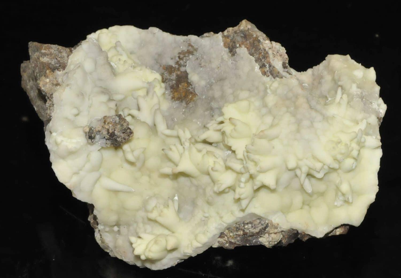 Aragonite de la mine de plomb à Surlatte (Sainte-Marie-aux-Mines)