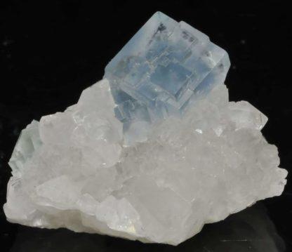Fluorite bleue de la mine du Burc (au Burg - Tarn).