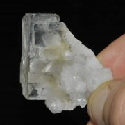 Fluorite blanche de la mine de Montroc (Tarn).