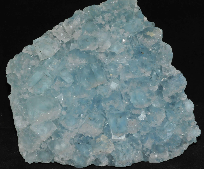 Fluorite bleue de la mine du Burc au Burg (Tarn).