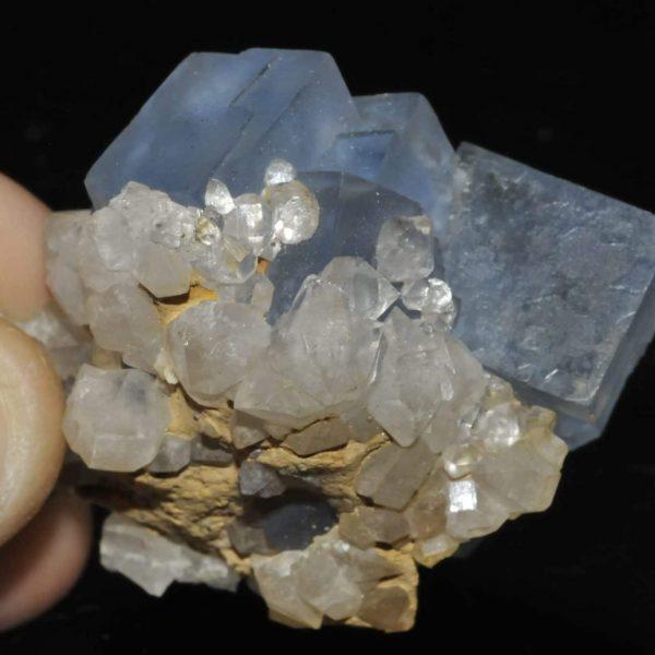 Fluorite bleue de la mine d'Embournegade (Tarn).