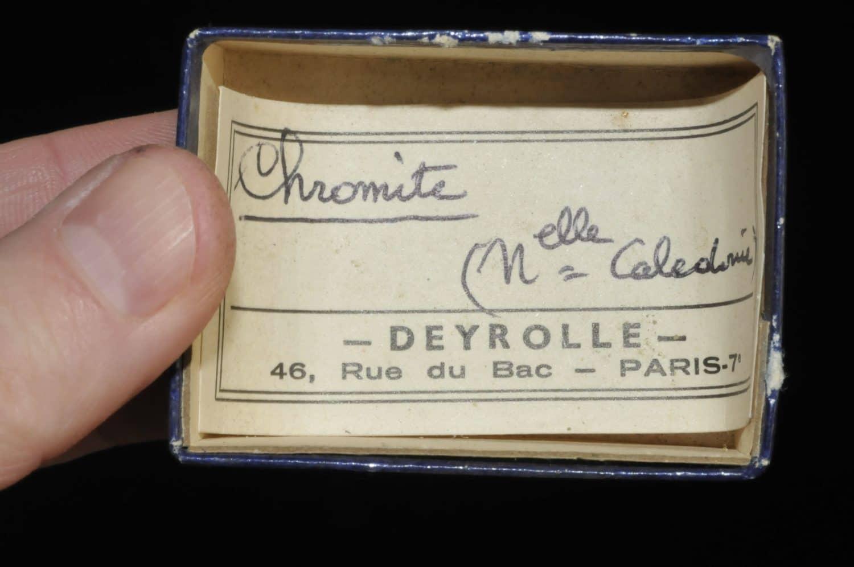 Chromite de Nouvelle Calédonie (ex Deyrolle).