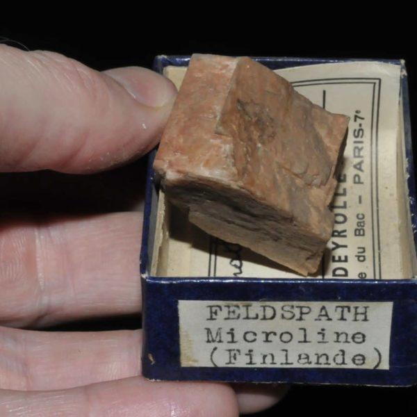 Microcline (feldspath) de Finlande (ex Deyrolle).