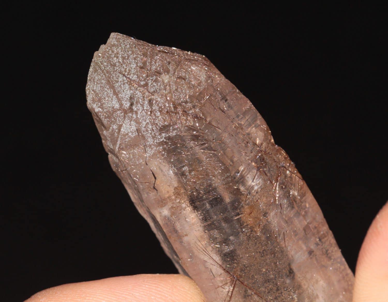 Grand quartz fumé et dravite, massif de la Lauzière (Savoie)