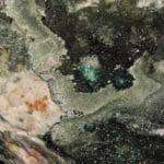 Olivénite et malachite de la mine de la Garonne, au Pradet dans le Var