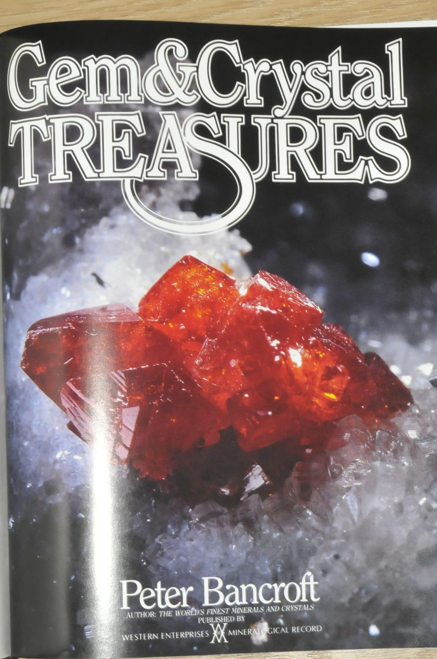 Gem and Crystal Treasures, Peter Bancroft [livre]