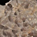 Deux générations de quartz, carrière Creuzeval, Beaujeu, Rhône